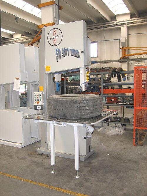 sm-900-v-taglia-pneumatici-plastiche-e-legno